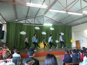 'Methods of Movement' (MOM) dancers